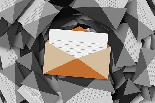 envelope-1829490_640